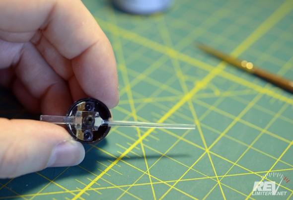 One transparent needle. Hardly any effort!