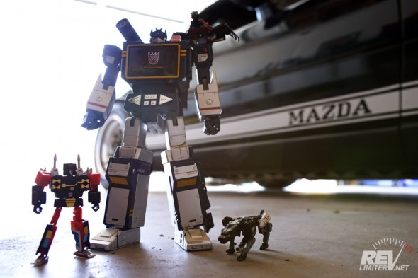 Soundwave and his wrecking crew.