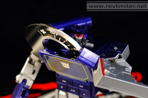 Soundwave saves the A/C plate for later.