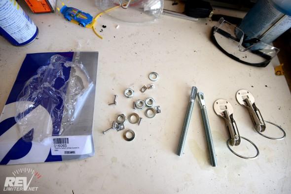 Sparco hood pin kit