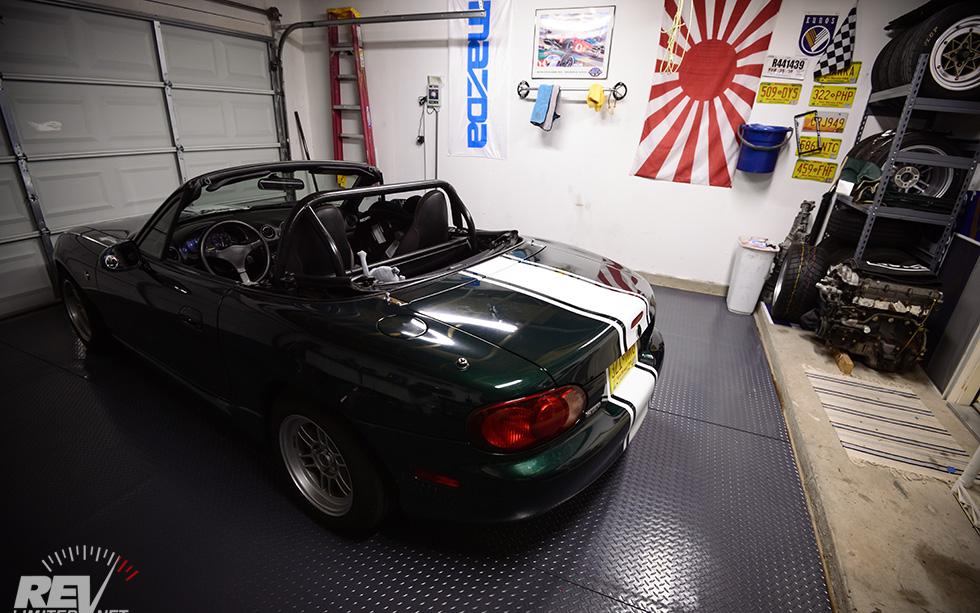 One car garage part 2 for Garage happy car