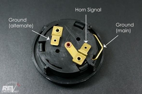 Horn terminals