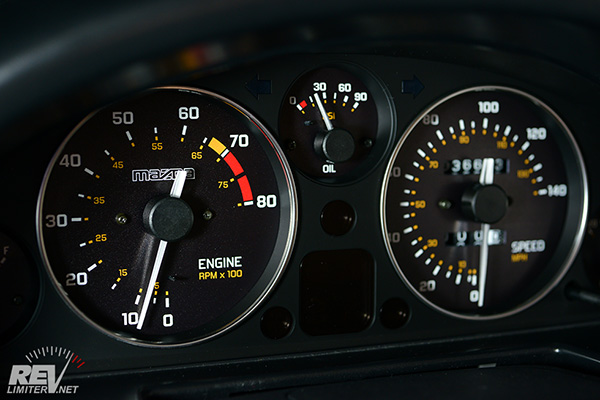 Add Hidden Digital Gauge To Classic Car